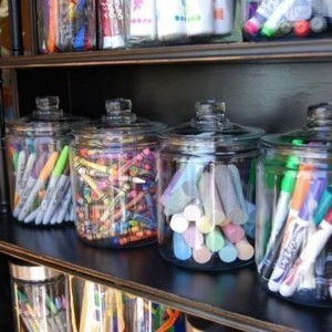 6-art-supplies-organized-mason-jars